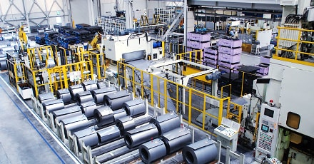 Large scale coil handling system
